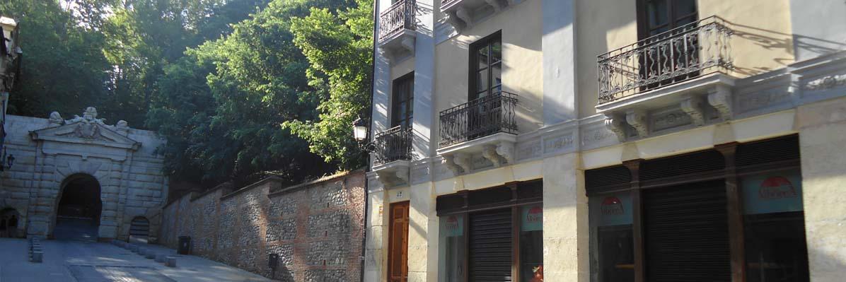 Localización Apartamentos Mauror Granada